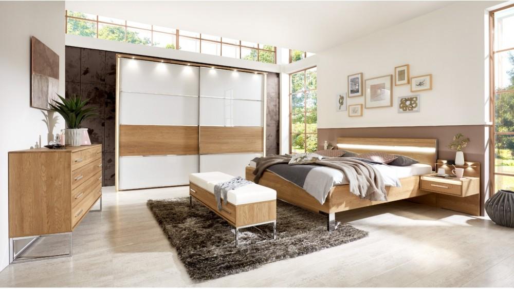 Modell: TL 2122   Schlafzimmer In Eiche Teilmassiv Mit Absetzung Glas Weiß,  Schwebetürenschrank Ca. 300cm, Bett Ca. 180x200cm Nachtkästchen Mit Einer  ...