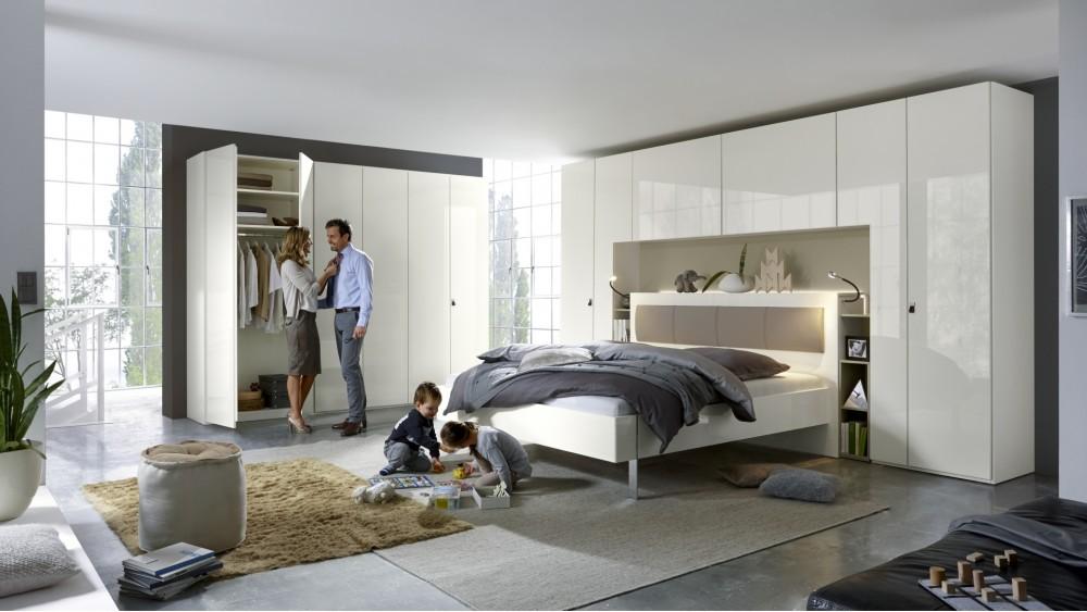 Modell TL2135   Schlafzimmer Schranksystem In Lack Weiß Nischen In Sahara,  Umbauschrank Mit Viel Stauraum, Drehtürenschrank Und Bettanlage Ca.
